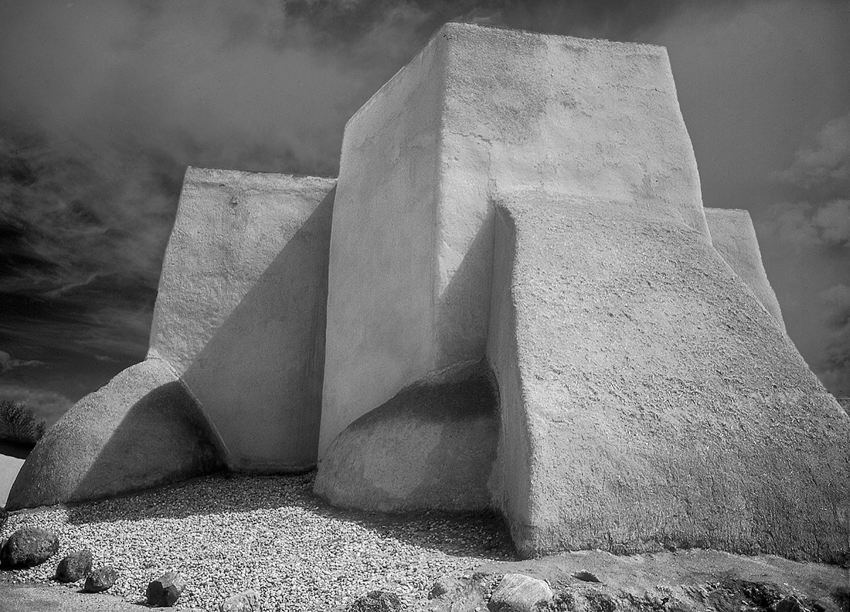 Saint Francis Church Ranchos de Taos , New Mexico Photo: Russell Johnson