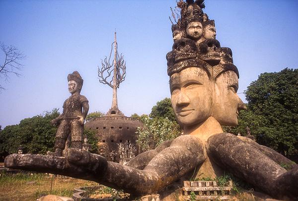 sextopus Buddha Park Laos