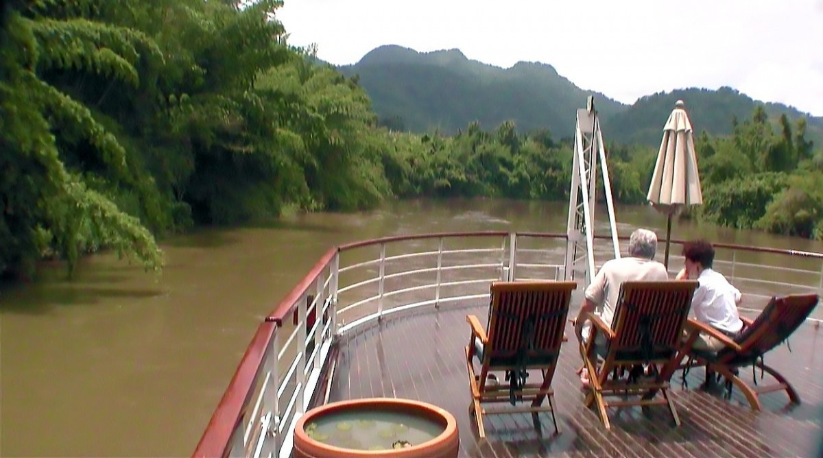Nirvana Tonic: A Cruise on the River Kwai (Video)