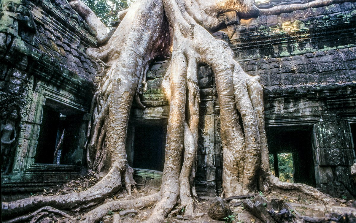 Angkor 1996, Before the Crowds Arrived (restored to 4k video)
